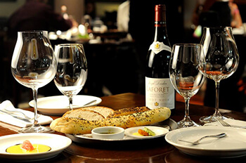 Restaurante doris metropolitan for Romantic restaurant san jose