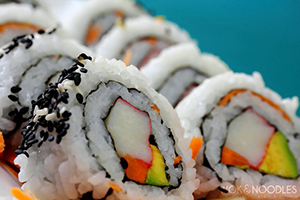 Wok y Noodles Sushi